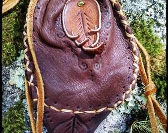 autumn.leaf.essense ~ buckskin medicine carrier pouch w burned leather leaf & details - peridot crystal