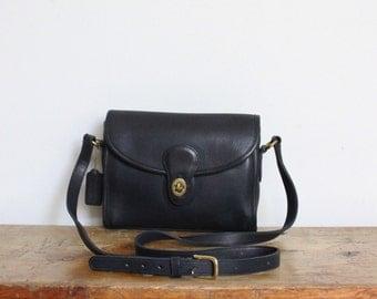 Vintage Coach Bag // Devon Bag Dark Navy Black Leather Messenger Crossbody Bag 9908