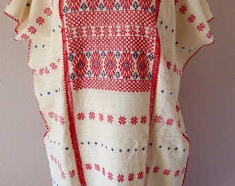 """Collectors Mexican handwoven huipil tunic dress red white Amuzgo Oaxaca boho resort cover-up Frida Kahlo 28 1/2""""W x 42 1/2""""L"""