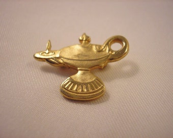 Vintage Aladin Lamp Pin Brooch Vintage Jewelry Vintage Pins Gold Plate Pin Brooch Jeanie Pin Old Jewelry Retro Jewelry Stephenson