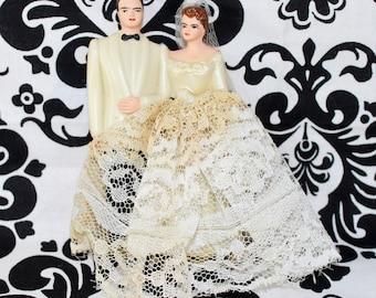 FREE SHIPPING! Antique 1940's 1950's Wedding Cake Topper Brunette Ivory Lace Veil Dress White Tux Vintage