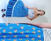 vtg 70s bright blue CALICO floral print MAXI SKIRT os lace trim prairie boho hippie festival high waist full skirt