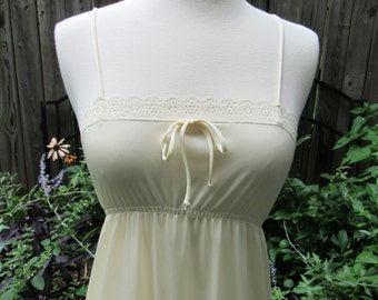 70s Vintage Nightgown / Pale Butter Yellow with Eyelet Trim Empire Waist / Long Floor Length Spaghetti Straps Nylon Satin / XS Small