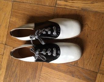 Vintage saddle shoes 10.5 11