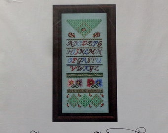 Cross Stitch Pattern GARDEN DELIGHT SAMPLER By Julia Stockert For Enchanted Needle