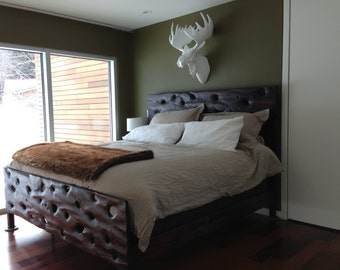 PacificDrift Bed with Head/Footboard