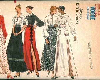 Super Uncut Vintage 1970s Vogue 8286 Long Maxi Skirt and Shirt Blouse Sewing Pattern B34, W25.5
