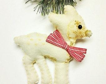 Felt Deer Christmas Ornament - Personalized Ornament - Christmas Ornament - Woodland decor - Christmas Decor - personalization - felt
