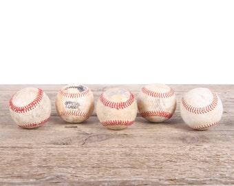 Old Baseball / Vintage Baseball Ball / Antique Baseball Decor / Baseball Decorations / Old Baseballs / Antique Baseballs / Bat Sports Decor