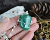 Green Aventurine Necklace, Green Stone, Wire Wrapped Stones, Stone and Long Chain, Love Stones, Heart Chakra, Valentines Day Necklace
