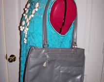 99 CENT SAlE Vintage 1970s Ladies Gray Shoulder Bag Purse Now .99 USD