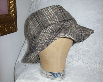 Vintage Men's Plaid Cotton Bucket Hat by Peter Grimm Large Only 6 USD
