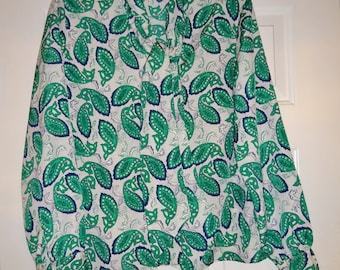Vintage Women's Blouse Bow at Neck Green Paisley Secretary Blouse Leslie Fay