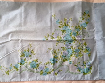 Vintage Utica 1960s 70s Light Blue Turquoise Green Floral No Iron Percale Full Sheet Set