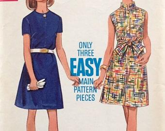 "Vintage 1960s Butterick Misses' Dress Pattern 5063 Size 12 (34"" Bust)"