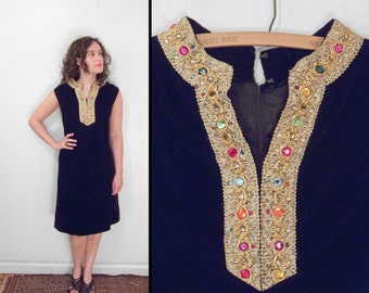 Jeweled Velvet Dress 1960s Pockets Size Med Black + Metallic Threads Sleeveless