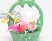 Vintage 1950's Easter Basket Candy Containe with Little Chicks, Rosbro Plastics, Providence RI