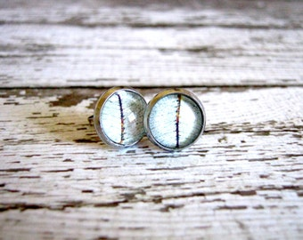 White Leaf Posts : Glass Photo Stud Earrings