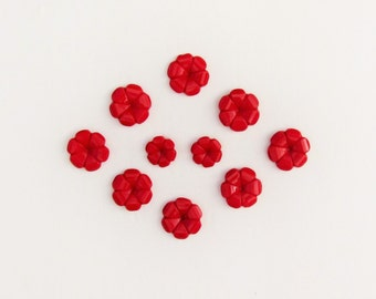 Set of vintage red glass buttons, 10 flower shaped buttons in 2 sizes