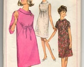 """1960's Simplicity One-Piece Maternity Dress with Tie Waist - Bust 34"""" - No. 6590"""