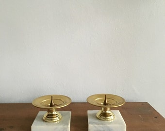boho brass candlestick holders. bohemian mid century candlestick holders with marble base. interior design hollywood regency home decor