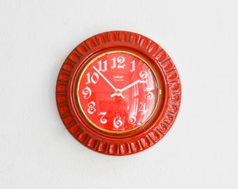 Red ceramic clock, 70s wall clock, 70s kitchen clock, Peter clock