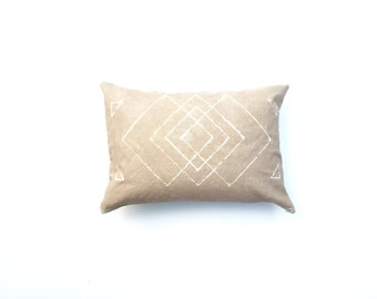 Hand dyed Tribal Pattern Pillow Cover in Tan Pillow Cover Tan Throw Geometric Pattern Pillow Beige Decorative Pillow cover 14 x 20 Cushion c