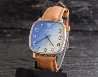 Mens watch, Vintage rare Pobeda watch, vintage mens watch, soviet watch, mechanical wrist watch, russian watch ussr cccp, blue and white