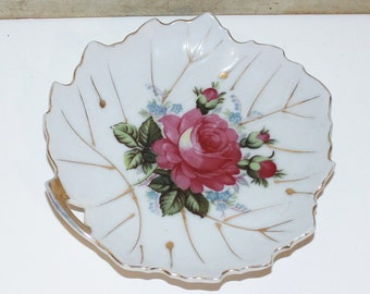 Vintage Porcelain Hand Painted Leaf Design Trinket Dish - Soap Dish - Shabby Chic - Cottage Chic - Roses - Collectibles - Home Decor - Japan