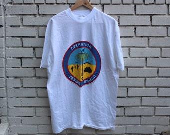 Vintage OPERATION DESERT SHIELD shirt Hanes Hefty T tag Gulf War 90s Bush political military army clothing