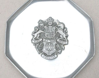 Items similar to dieu et mon droit royal lion necklace for Dieu et mon droit royal crest silver plated jewelry box