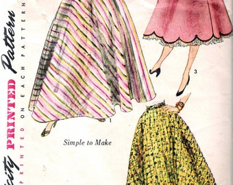 Vintage 1952 Simplicity 3881 Misses Half Circle Skirt Sewing Pattern Size Waist 28""
