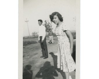 Teenage Girl, Two Men, Three Shadows, 1940s-50s Vintage Snapshot Photo (512443)