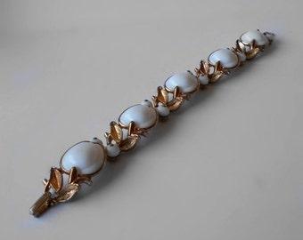Vintage Trifari Milk Glass Apple Bracelet