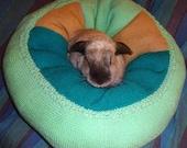 rabbit bed extra plump Ugli Donut for a medium size bunny