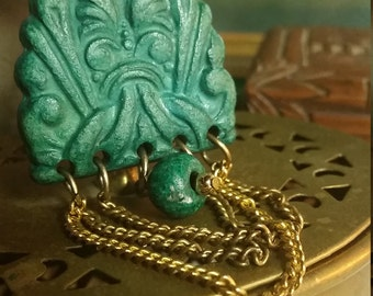 Beautiful ANTIQUE c-clasp Aztec carved faux jade brooch / pin