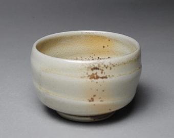 Tea Bowl Handmade Chawan Wood Soda Fired E19