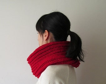 Hand Knitted Cowl in Carmen Red - Chunky Knit Cowl - Neckwarmer - Wool Blend - Made to Order