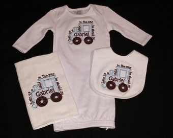 Train up a child in the way he should go boys gift set burp cloth bib layette gift set