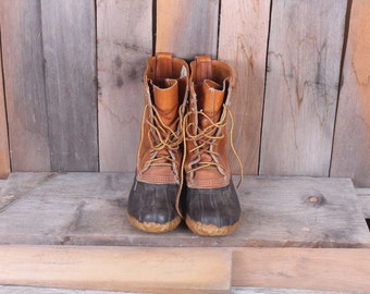 1980s Era Womens LL Bean Boots Leather and Rubber Size 6