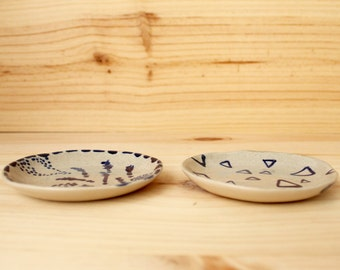 Blue drawings Ring dish Soap dish Stoneware handbuilt little plate Cobalt blue glaze  - Ready to ship