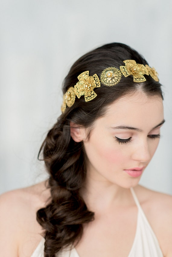 Gold Bridal Tiara, Gold Headpiece, Queen Crown, Bridal Headband, Regal Crown, Brass Headpiece, Gold Wedding Crown, Medieval Crown, OLEENA