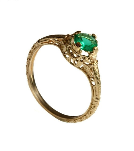 14k vintage solitaire emerald engagement ring 18k yellow gold