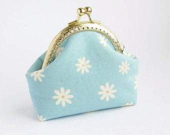 Light Blue Coin Purse, White Daisies, pale blue purse, white flowers purse, floral handmade pouch - Made to order