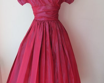 1950s Iridescent Taffeta Party Dress