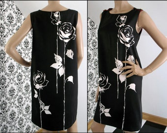 "Vintage 60s/70s VERA-esque Cotton Sun Dress Shift, Black with CONTRASTING White Rose Print (Front and Back), Red Lining, Size Med,  38"" Bust"