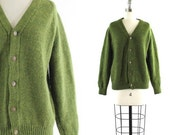vintage 1970s green cardigan / moss green wool sweater S/M