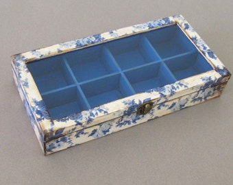 Floral jewelry display   box with  compartments, grandma  box,  tea box with glass lid ,  decoupage box ,  blue roses , flow blue
