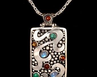 Silver Balinese Gemstone Necklace: BALI