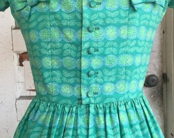 Vintage 1950's Floral Green Sun Dress By Lanz For Bonwit Teller Women's Extra Small/ Small 24 1/2 Inch Waist
